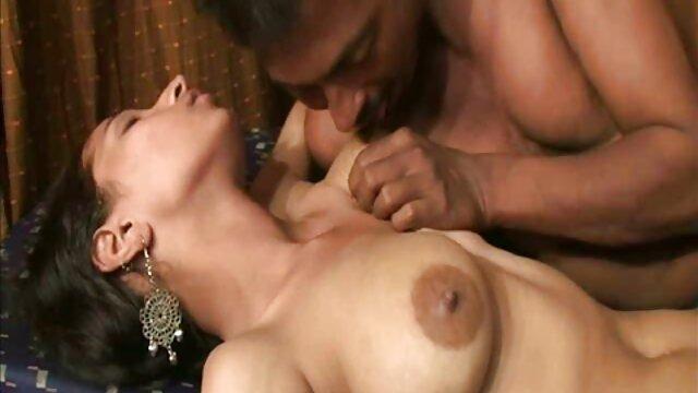विकी सेक्स मशीन फुल सेक्सी मूवी हिंदी में के साथ पानी जेट और फ्रेंच फ्राइज़ के साथ झटका हुआ