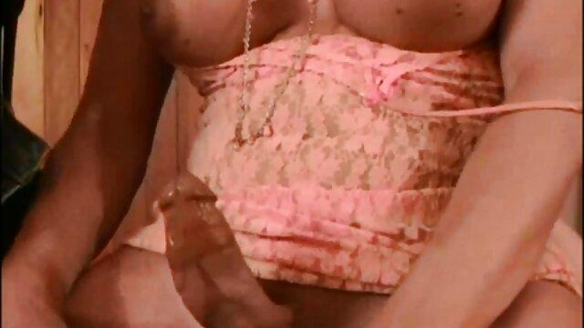 एक आदमी के साथ सेक्सी मूवी हिंदी में फुल एचडी सेल्युलाईट के साथ नानी