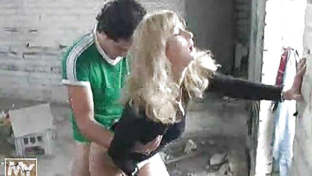 तंग नीचे खींच और छेद हिंदी में सेक्सी मूवी वीडियो में ड्रिल