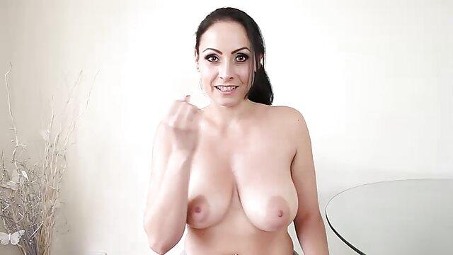 एक राक्षस को सेक्सी मूवी हिंदी में सेक्सी मूवी माँ
