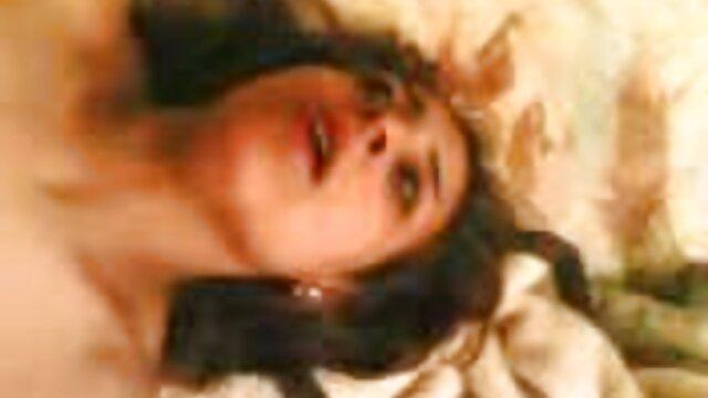 गोरा हिंदी फिल्म सेक्सी एचडी में और काले अच्छा आदमी, काले और सफेद, गर्म